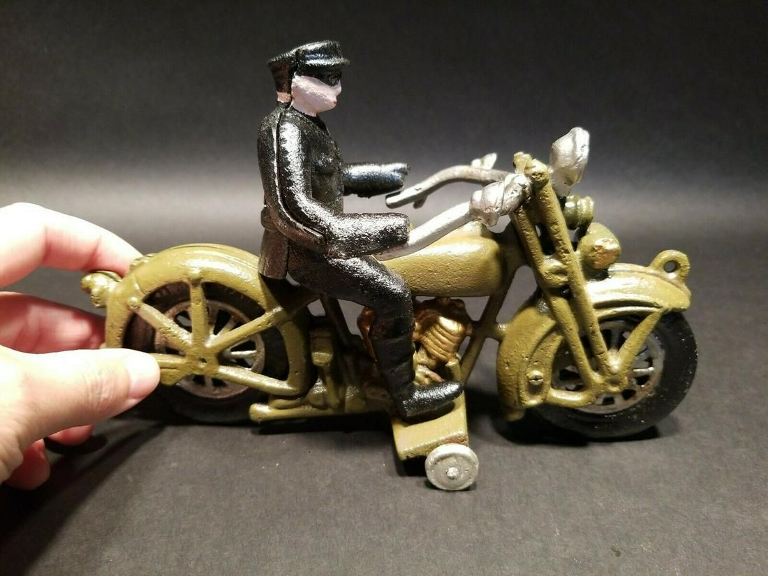 Cast Iron Toy Motorcycle 1 Police Patrol Rider