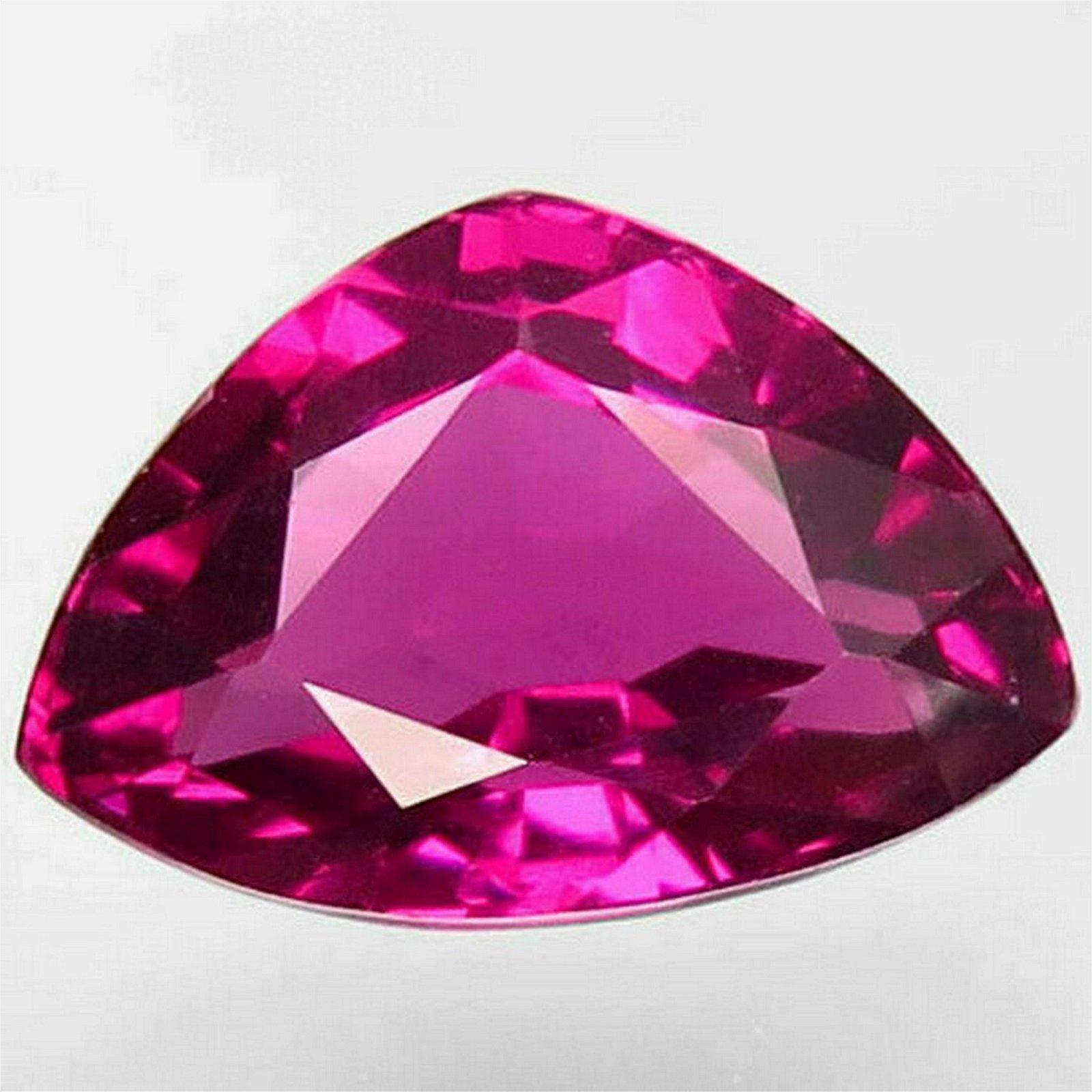 4,69 ct Natural Purplish Pink Rhodolite Garnet 4,69 ct