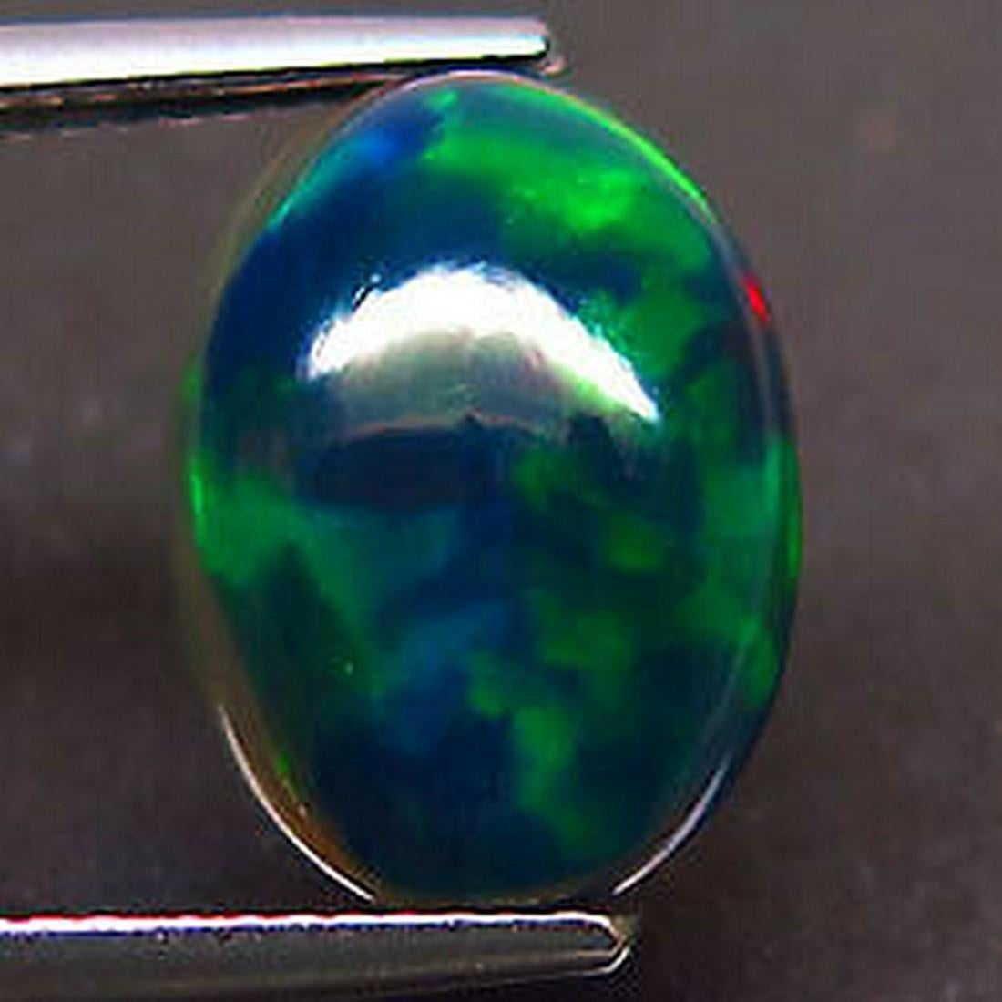 3,63 ct Natural Rainbow Black Opal 3,63 ct