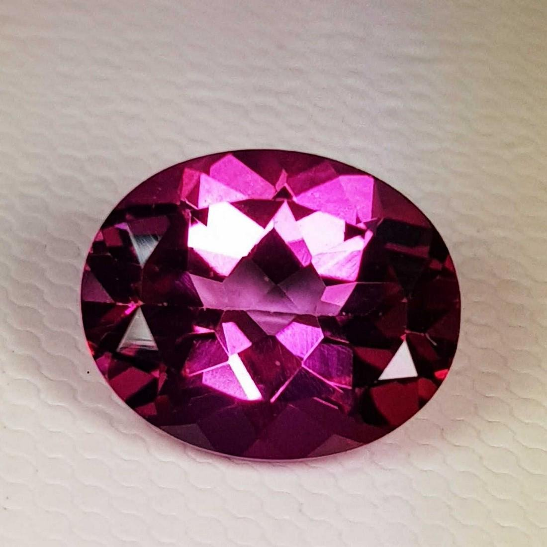 4.35 ct Natural Pink Topaz Oval Cut