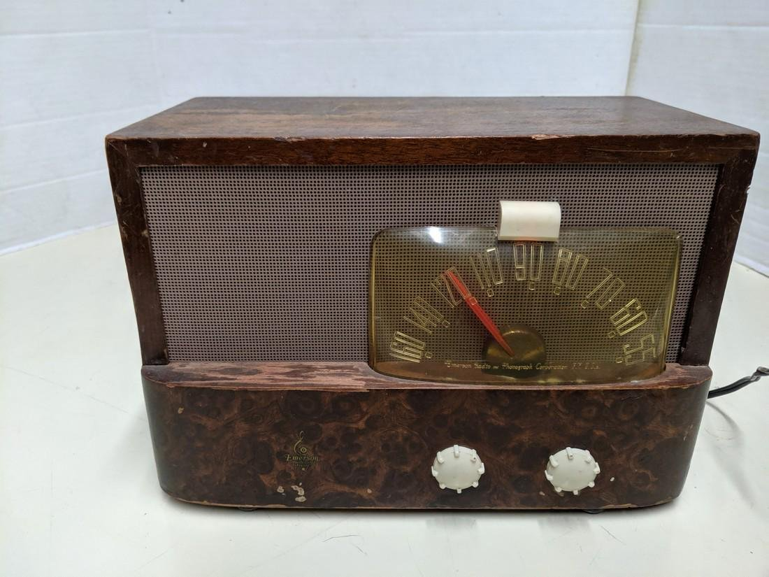 Vintage Emerson Model 5401