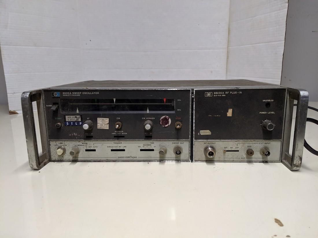 Vintage HP 8620A Sweep Oscillator w/ HP 86230A RF