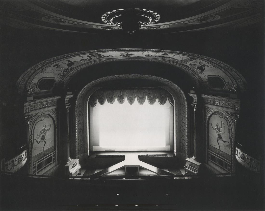 HIROSHI SUGIMOTO - Cabot Street Cinema, Massachusetts