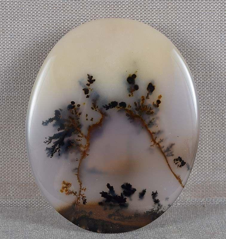 Moss agate OBIDOME netsuke HILL with TREES
