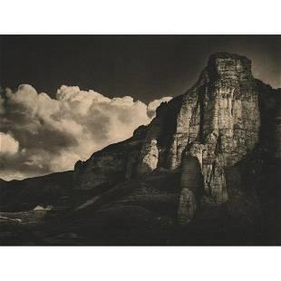JOSE ORTIZ ECHAGUE Vigenza Rock Iregua Valley Spain