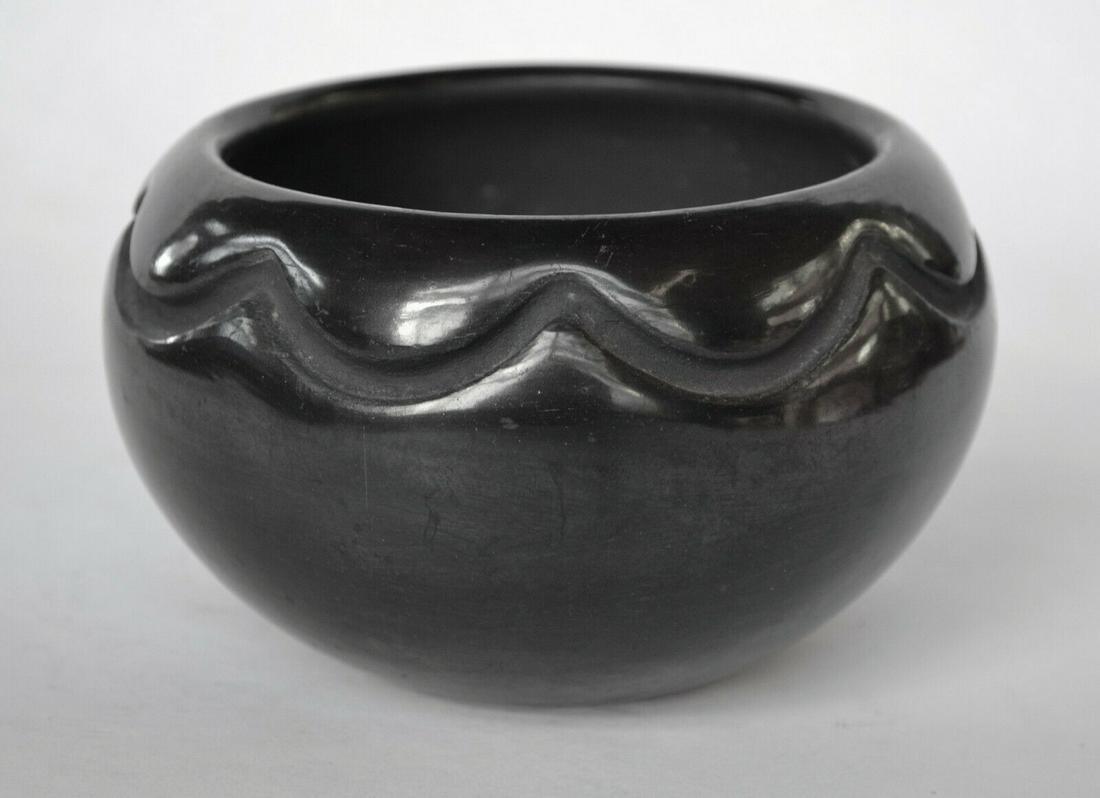 Rose Gonzales Blackware Pot - Classic Native American