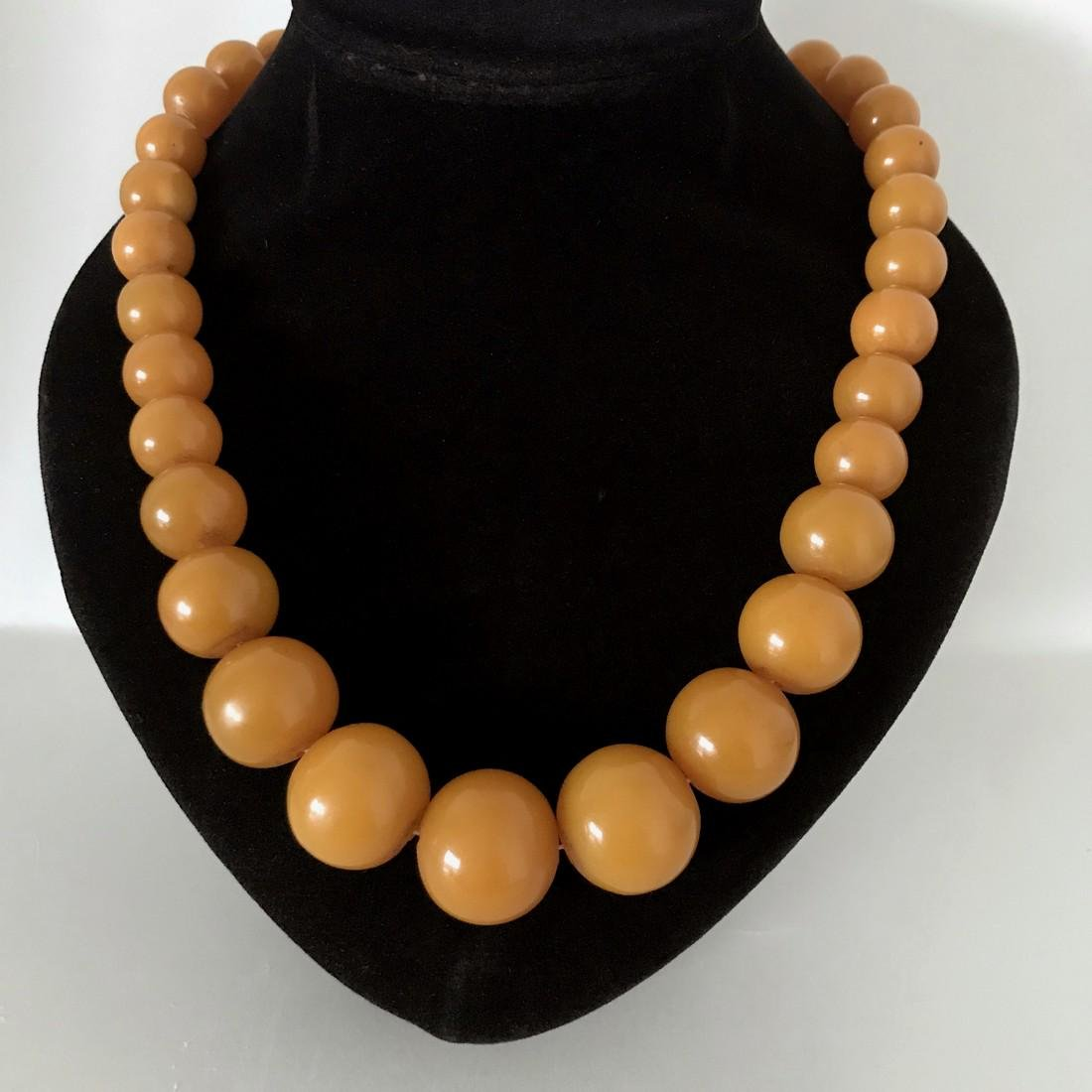 Amazing Vintage Amber Necklace made from Round Amber