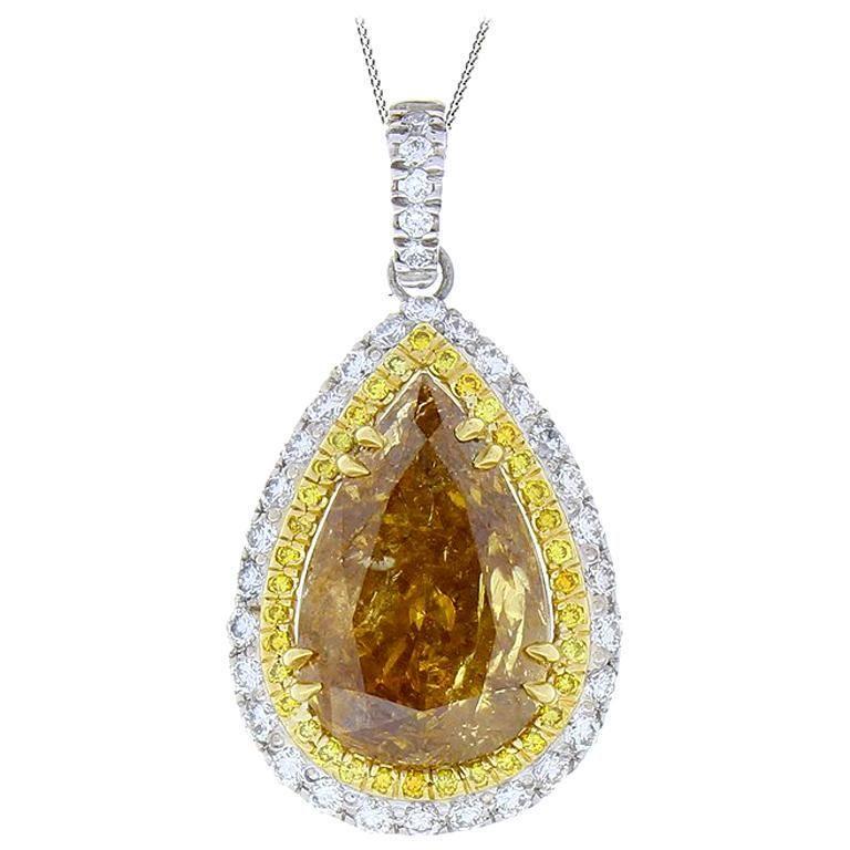 5.09 Carat Pear shape Fancy Brown Diamond Two Tone