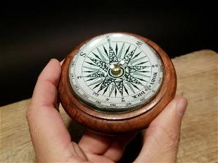 Magnifying Glass Navigational Compass