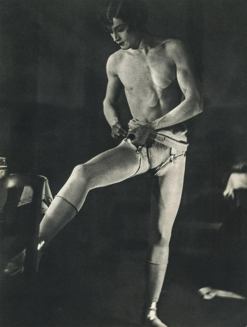 MAN RAY - Barbette the Transvestite