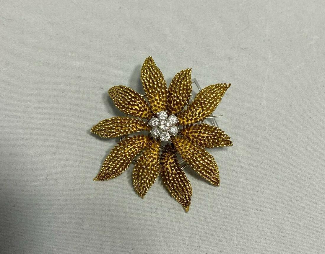 18k Gold Diamond Brooch Pin