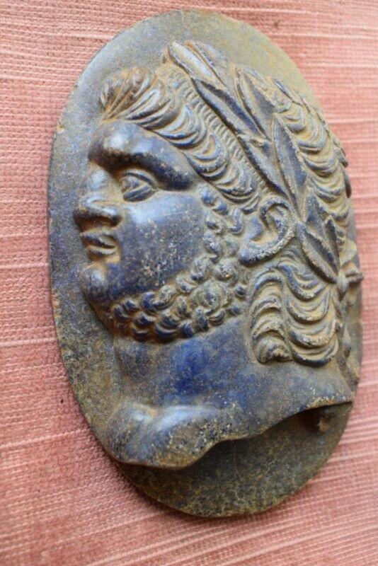 Cameo, in Lapis Lazuli, Nero, Grand Tour XVIII century.