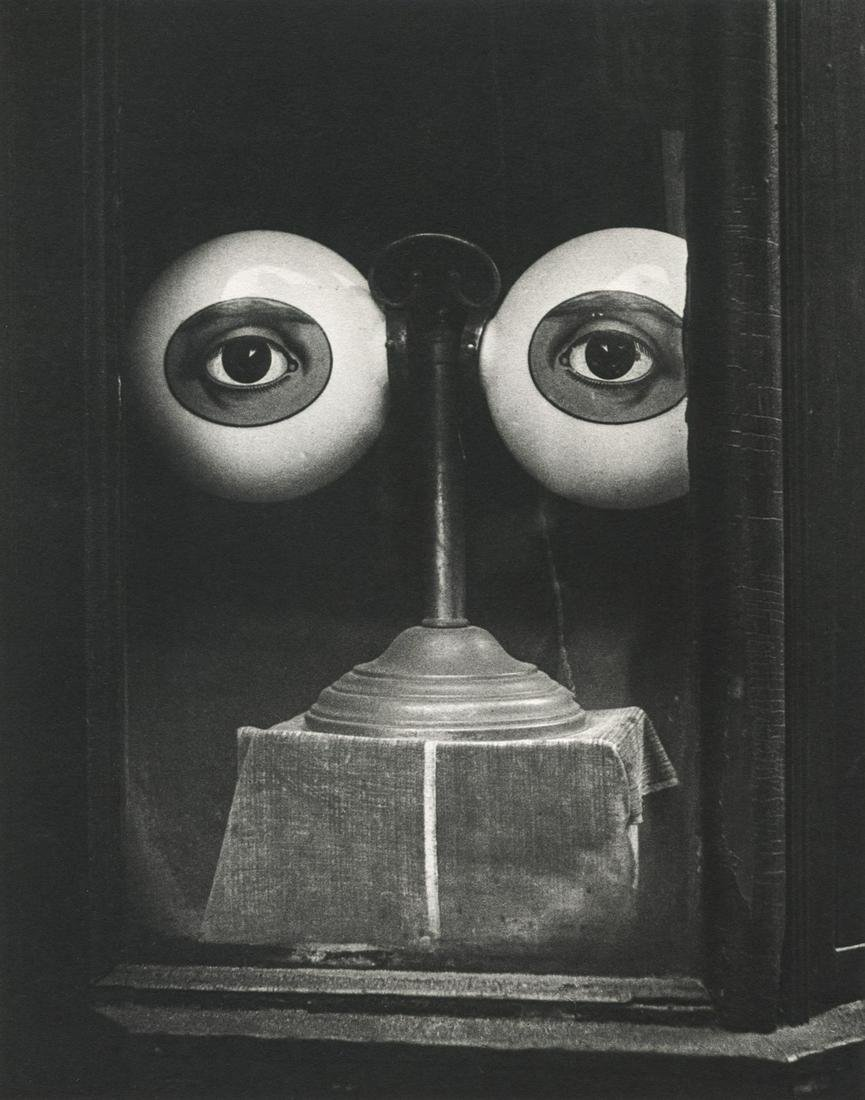 IRVING PENN - Optician's Window, New York, 1939
