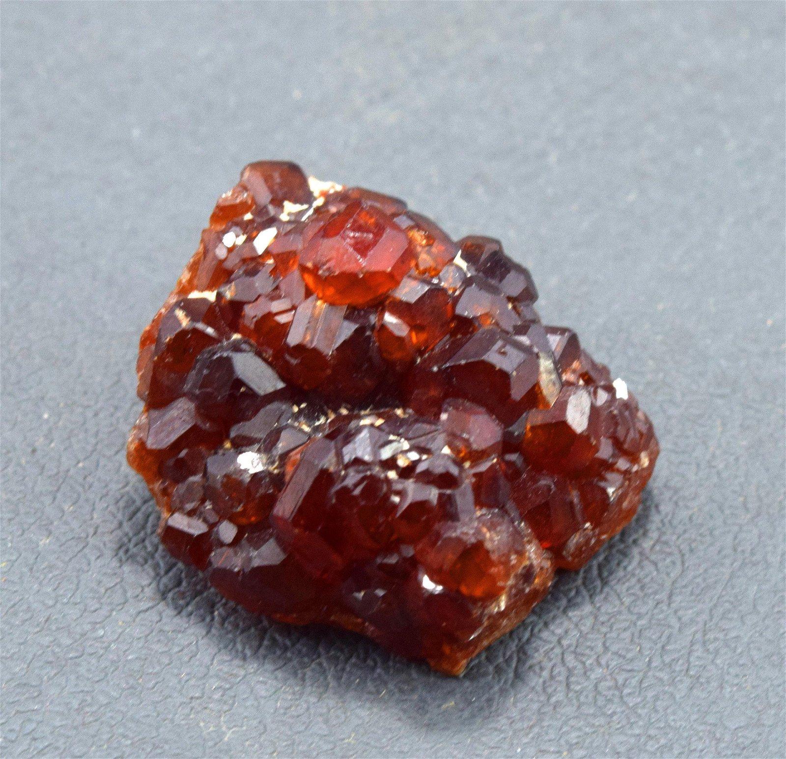 21 Gram Natural Undamaged Red Color Garnet Crystals