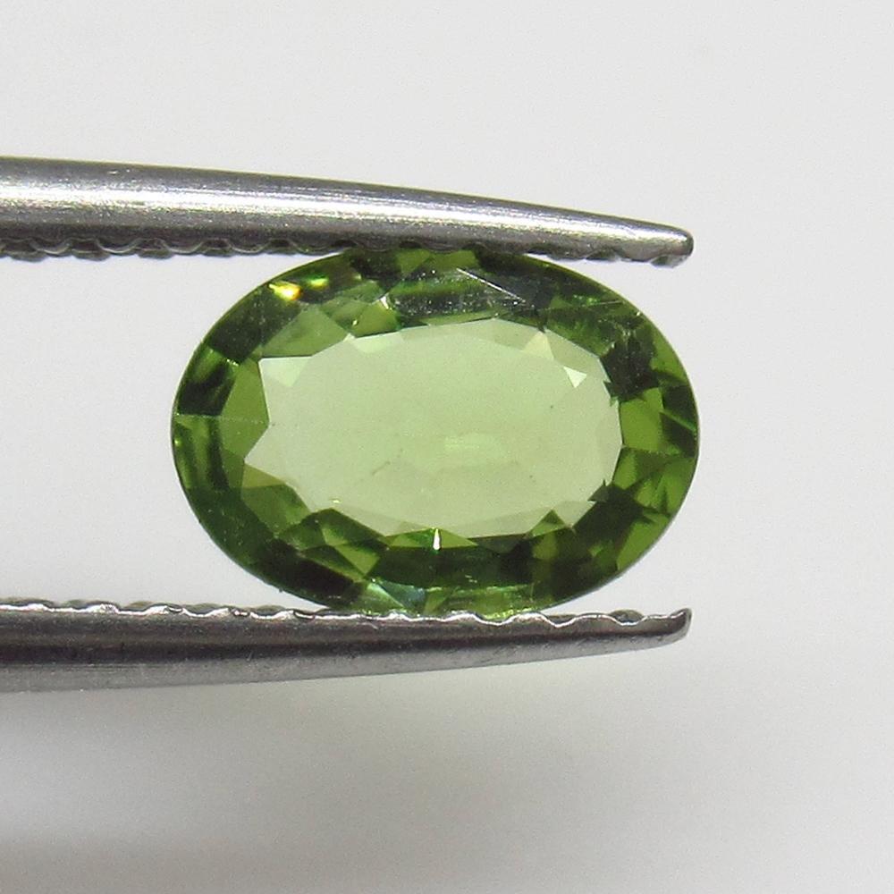 0.79 Ct Natural Ceylon Green Sapphire Oval Cut