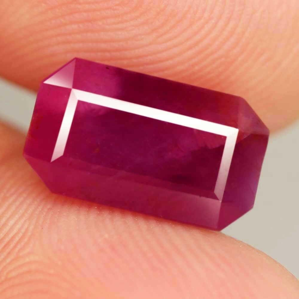 10,13 cts Big Untreated Natural Octagon Purple Red Ruby