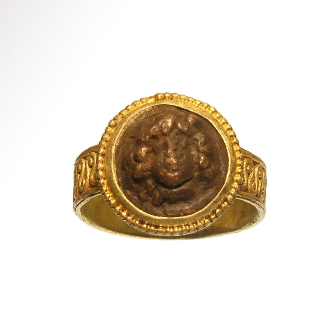 Roman Gold Ring with Bronze Medusa Cameo