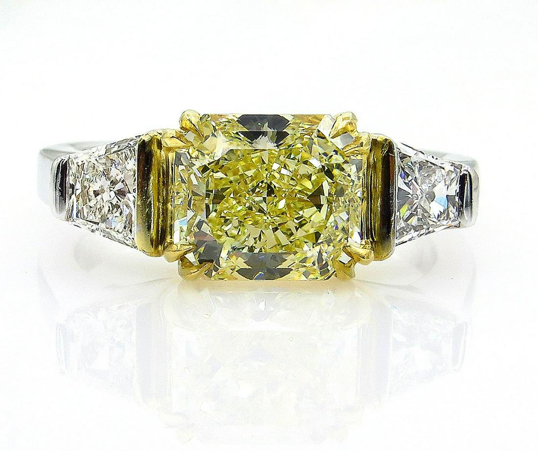 """Estate """"Canary"""" GIA 2.83ct Natural Fancy Yellow RADIANT"""