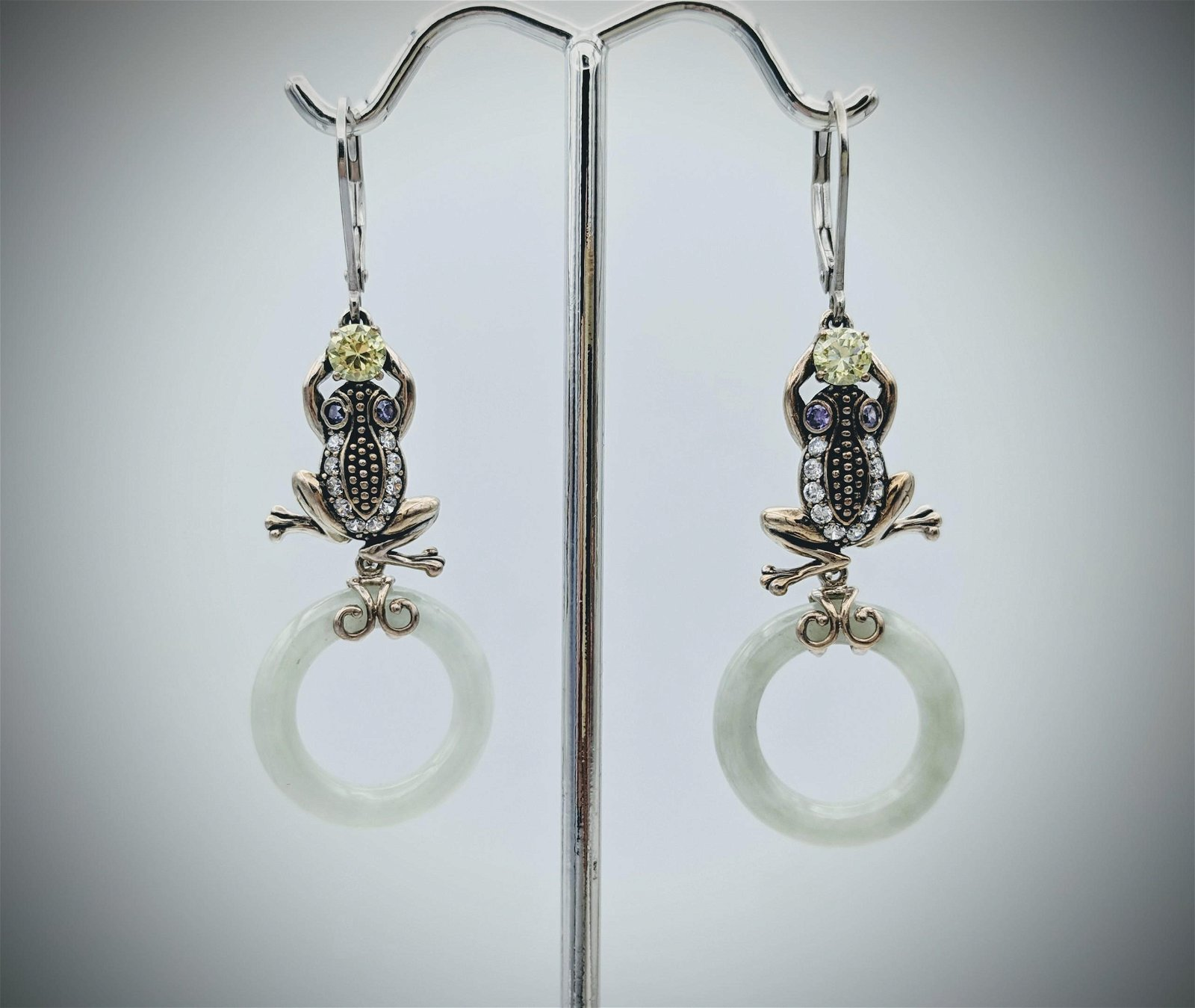Sterling Silver Frog Designed Earrings w Jade, Peridot,