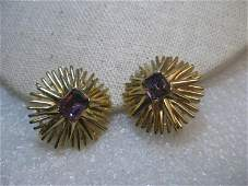 Vintage from the 1960s Materials gold tone, glass or