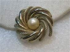 "Vintage 10kt GP Spiral Brooch, 11mm Faux Pearl, 1.5"","