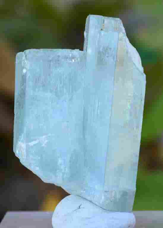 30 Grams Beautiful Aquamarine Terminated Crystal