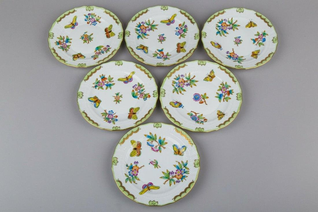 Set of Six Herend Queen Victoria Dessert Plates I., 6