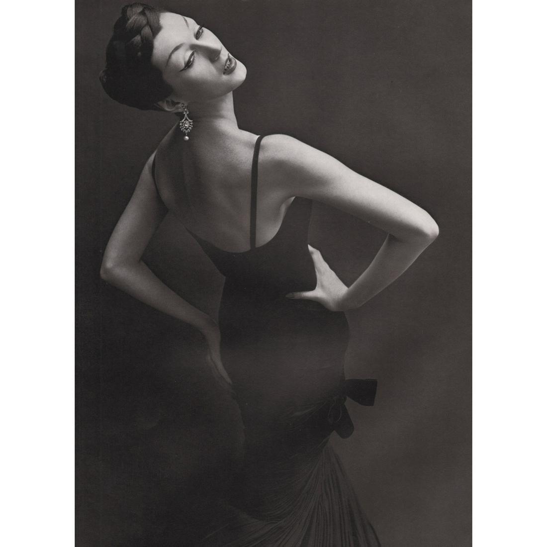 RICHARD AVEDON - Dovima, Dress by Griffe, 1955