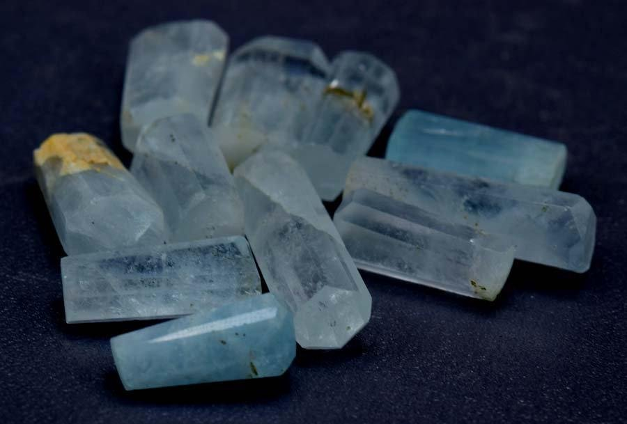 Aquamarine Pendents , Natural Aqua Blue Color UnDrilled