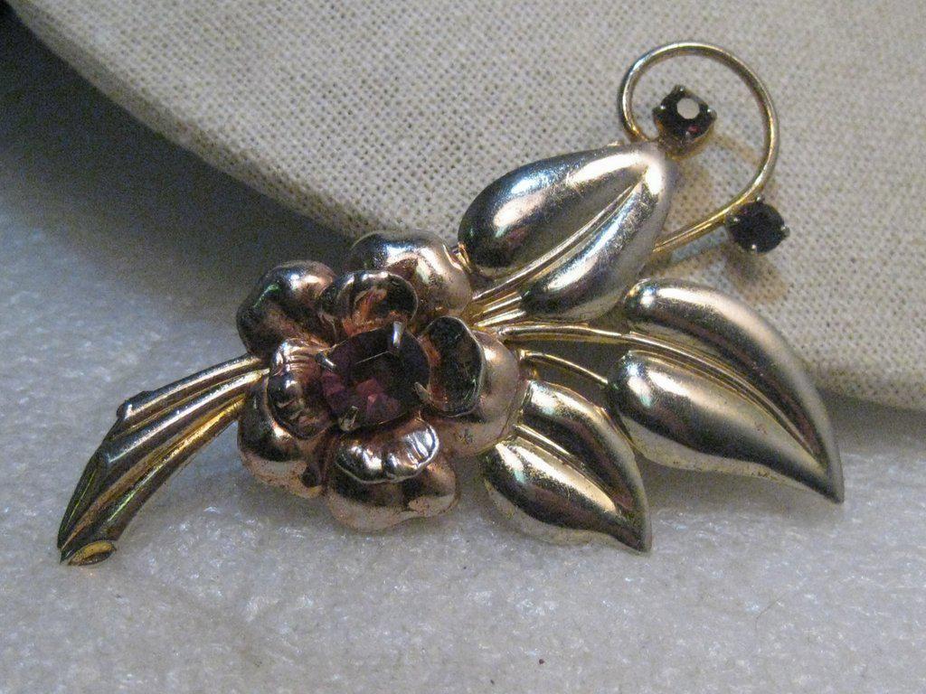 Vintage 1940's Floral Brooch, Amethyst Colored Stones,