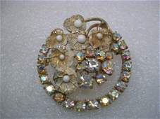 Vintage Gold Tone Lily Pad Circle Brooch with Aurora