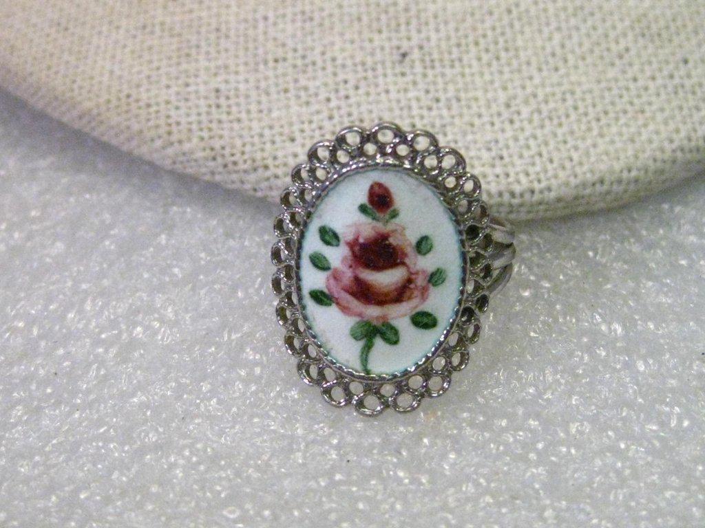Vintage Sterling Silver Enameled Rose Filigree Framed