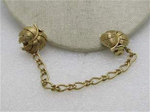 Vintage Trifari Leaf Sweater Clips with Chain 7