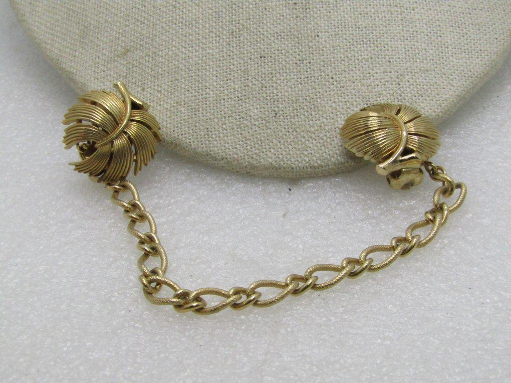 """Vintage Trifari Leaf Sweater Clips with Chain, 7"""","""