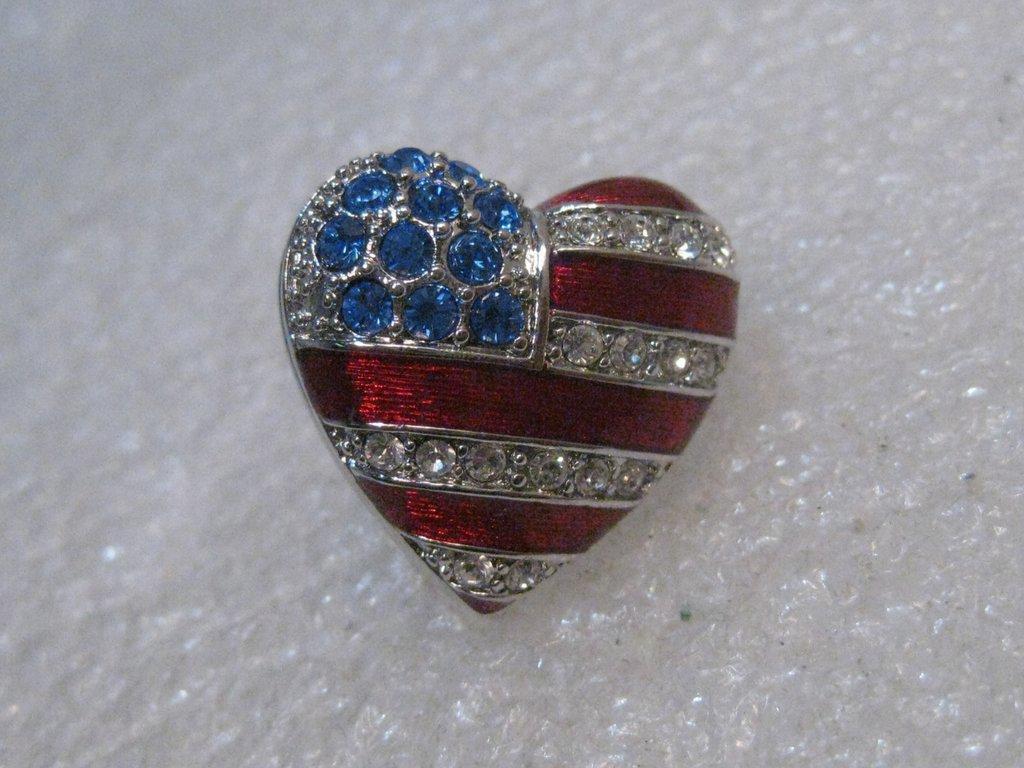 Christopher Radko Enameled USA Flag Heart Brooch/Pin,