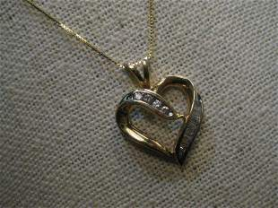 Vintage 10kt Diamond Heart Necklace BaguettesRound