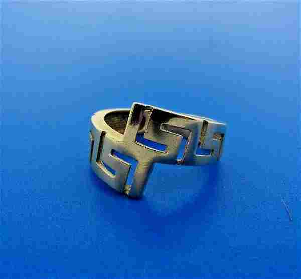 GROOVY 14k Yellow Gold Ring