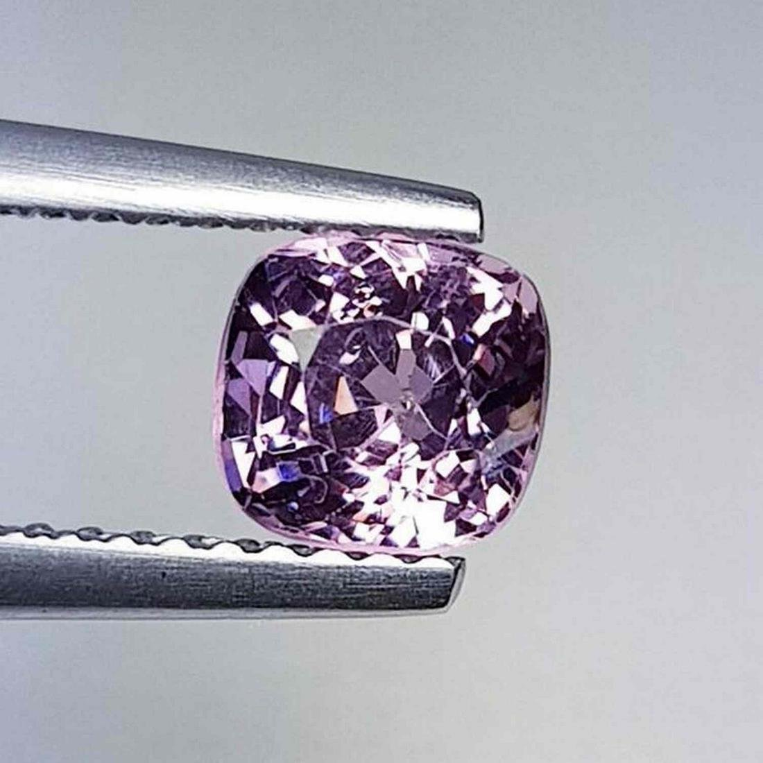 Natural Spinel Cushion Cut  0.91 ct