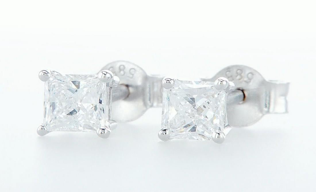 14 k. White gold - Earrings Princess Diamond -0.73CTW