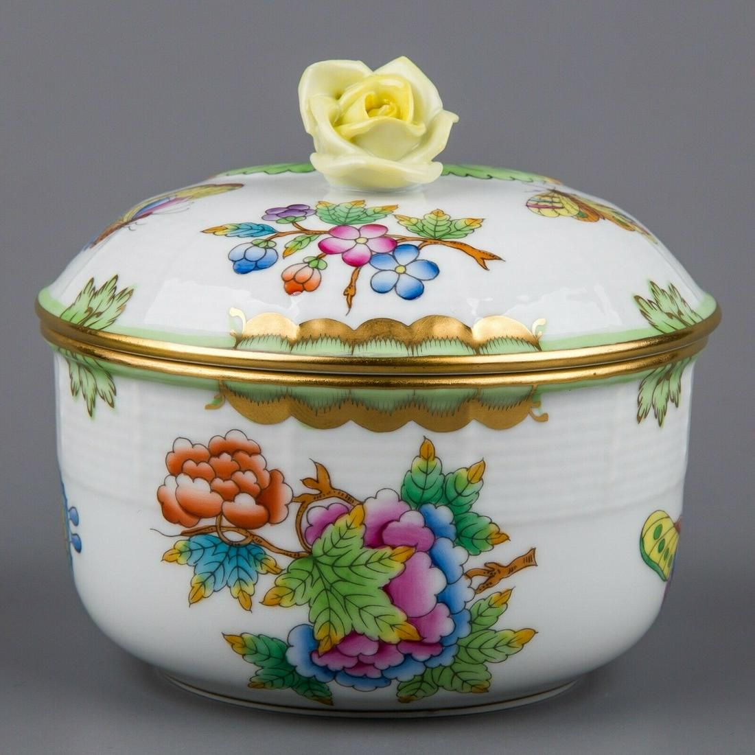 Herend Queen Victoria Large Sugar Bowl with Yellow Rose