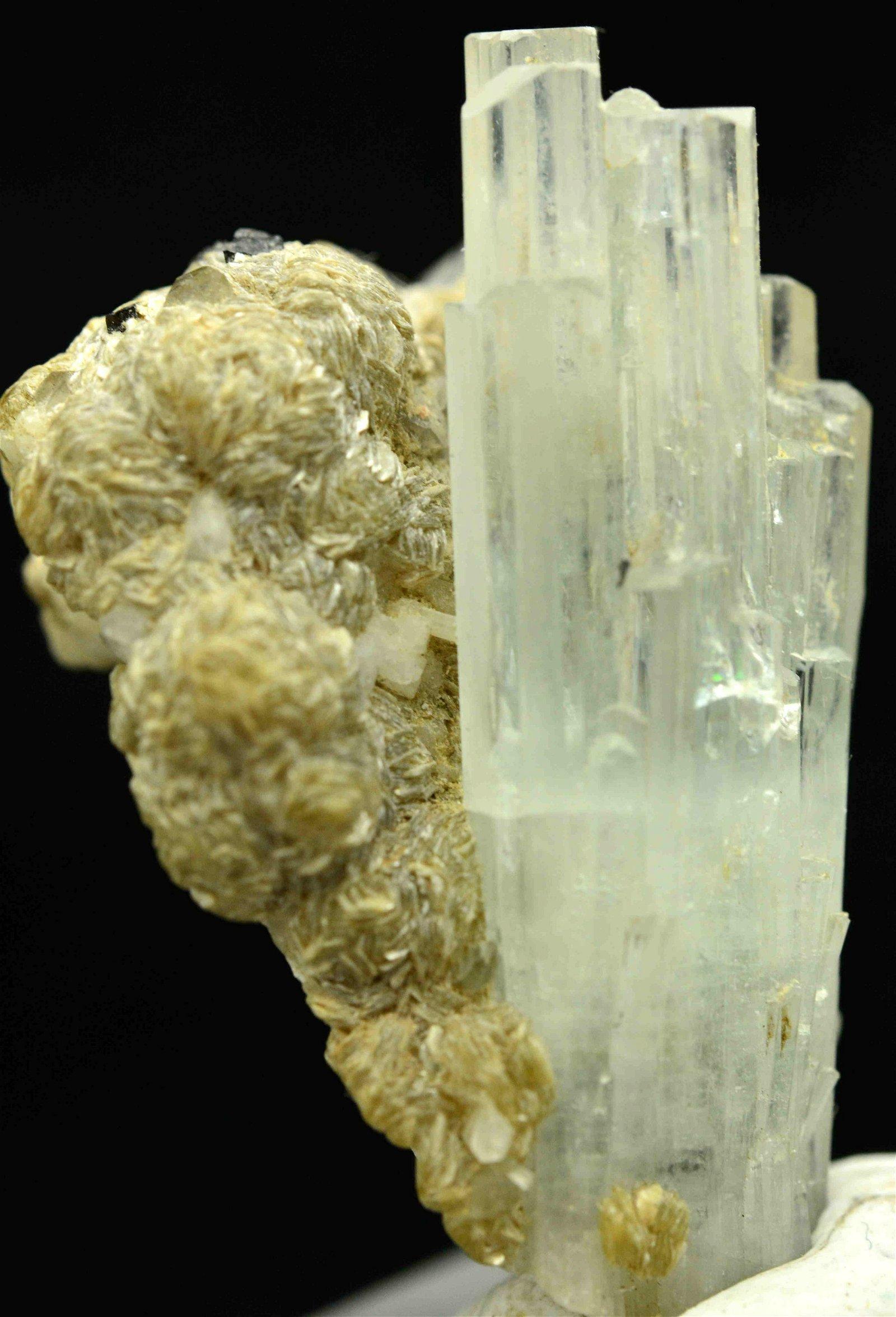 141 Grams Beautiful Aquamarine Specimen