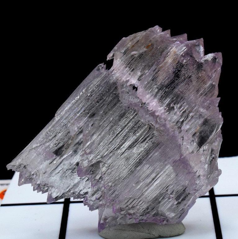 Kunzite Crystal , Damage Free Kunzite Crystal with