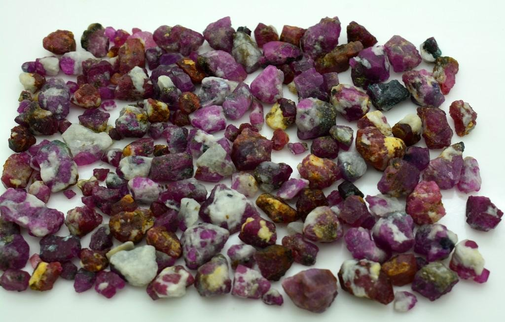 105 Grams Beautiful Rough Ruby Lot