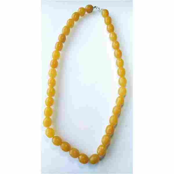 71 g. Vintage 100% natural Baltic amber necklace olives
