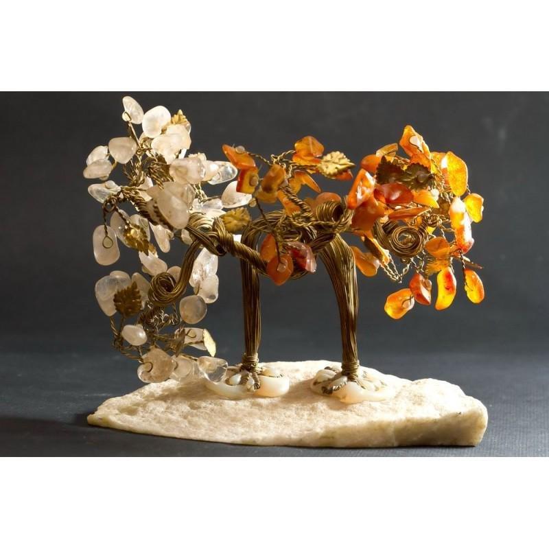 335 gram 100% natural Baltic amber tree, figure