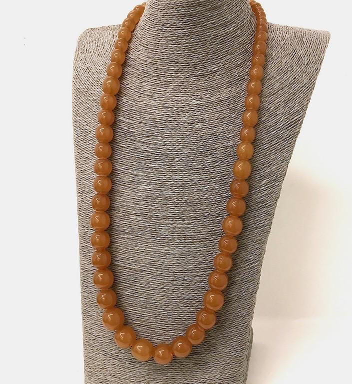 Unique and Remarkable Amber Necklace made from Round