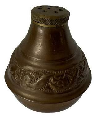 Antique sand spreader from inkset