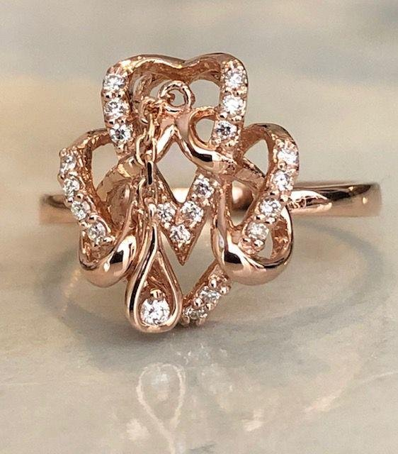 18 kt. Pink gold Ring with approx 0.30 ct Diamond