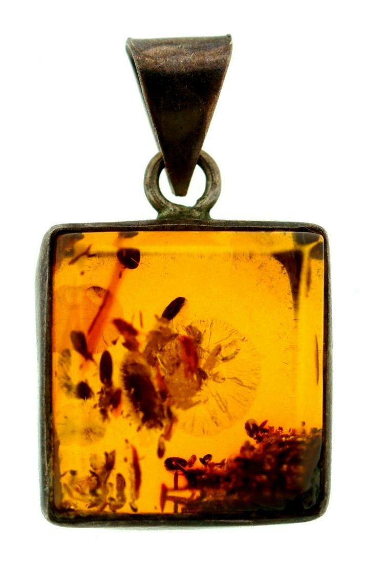 VINTAGE C.1960 SILVER 925 AMBER PENDANT SQUARE CUTE