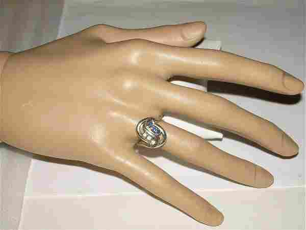 14Kt Diamond/Sapphi; re Ring - White Gold - S - Shape -